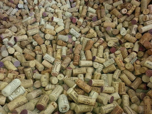 Gebrauchte Wein-Korken, große Menge kaufen